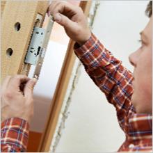 Locksmith Installing Lock on home door